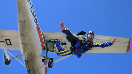 Die 25-Jährige ist Mitglied bei der Luftsportgruppe in Burgheim.