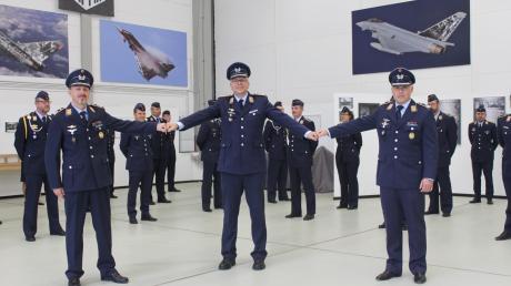 Swen Jacob (links) wird Stellvertreter von Kommodore Gordon Schnitger (Mitte). Die Fliegende Truppe übernimmt Sören Richter (rechts).