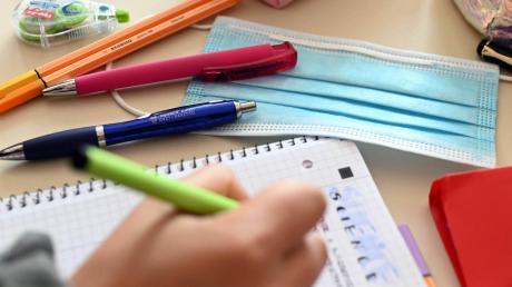 Die Corona-Krise prägt den Alltag an Schulen.