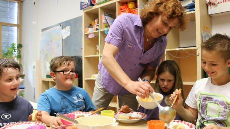 Wegen Corona findet die Mittagsbetreuung an der Schule in Unterstall nur eingeschränkt statt.