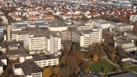 Im Klinikum Ingolstadt sind wieder Besucher erlaubt. Allerdings benötigen sie einen negativen Corona-Test.