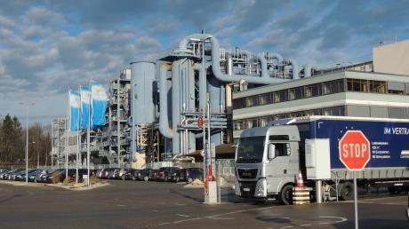 Die Zuckerfabrik Rain erreicht in der Kampagne 20/21 wieder eine hohe Auslastung. Nahezu 700 Lkw-Anlieferungen mit 12.000 Tonnen Rüben treffen hier ein.