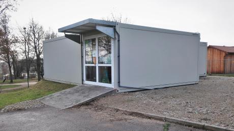 Derzeit sind in Walda noch 15 Kindergarten- und ein Krippenplatz frei, berichtete der Bürgermeister, ab April werden es nur noch sieben sein. In Ehekirchen sind keine Plätze verfügbar.