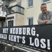 Pächter Sebastian Bollinger öffnet das Tanzcafé Hertlein am Neuburger Donaukai am 1. Juli.