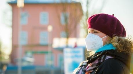 Seit zehn Monaten sind Mund-Nasen-Masken der tägliche Begleiter für die Menschen in Deutschland.
