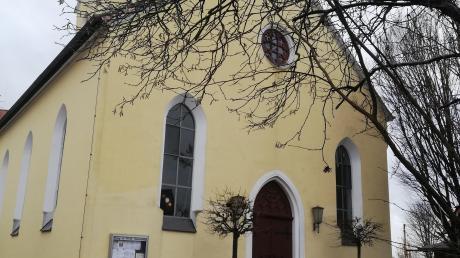 Die Evangelisch-reformierte Kirchengemeinde im Neuburger Ortsteil Marienheim.