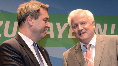 Zwei politische Schwergewichte, die Neuburg auf dem Weg zum Campus zur Seite standen und stehen: Bayerns Ministerpräsident alt und neu, Horst Seehofer (rechts) und Markus Söder.  Und wer steckt noch entscheidend hinter dem Projekt?