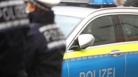 Bei einem Unfall auf der Staatsstraße nördlich von Mühlhausen (Affing) wurden zwei Frauen leicht verletzt.