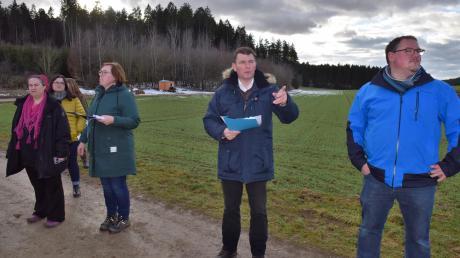 Die Wiese am Holzlagerplatz bei Buch ist der einzige von insgesamt 30 Standorten, der aktuell noch zur Debatte für einen Waldkindergarten steht.