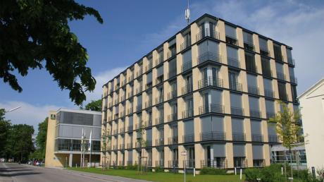 Die Bauer AG, hier die Hauptverwaltung in Schrobenhausen, ist ein weltweit tätiger Tiefbau- und Maschinenbauspezialist.