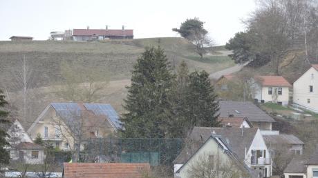 Eine Anfrage der Telefonica GmbH beschäftigt aktuell den Gemeinderat in Burgheim. Das Unternehmen möchte einen Mobilfunkmast in Illdorf errichten.