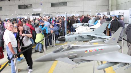 Das waren noch Zeiten. Vor fünf Jahren feierte das Neuburger Geschwader seinen 55. Geburtstag mit einem Tag der Bundeswehr. Der Fliegerhorst und die Werft waren voller Besucher.