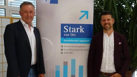 Der neue Vorsitzende des IHK Regionalausschusses Neuburg-Schrobenhausen, Christian Krömer (rechts), hier mit Erwin Ballis, einem seiner  Stellvertreter.