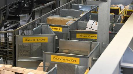 Wie in einem Logistikzentrum gearbeitet wird, wollen sich die Gemeinderäte aus Weichering vor Ort ansehen.