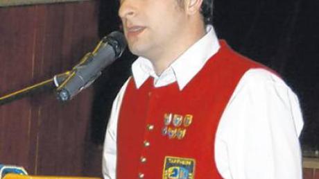 Stellvertretender Bezirksjugendleiter Simon Keller berichtete von einer sehr aktiven und engagierten Jugendarbeit.