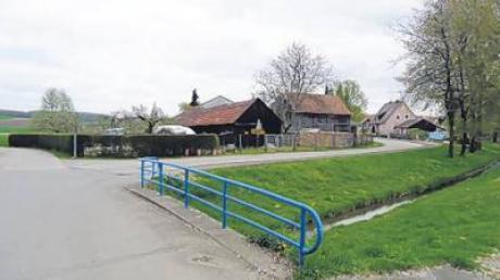 """Der """"große Brocken"""" im Megesheimer Haushalt 2011 ist der Neubau der Gemeindeverbindungsstraße Megesheim – Steinhart, der gekoppelt ist an die Ertüchtigung dieser Brücke."""