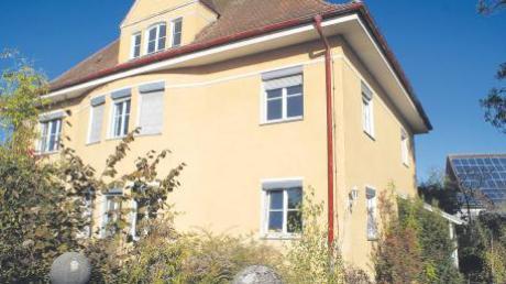 Das Pfarrhaus in Wechingen wurde 99 Jahre alt. Im kommenden Frühjahr soll es nun für eine Kombination aus Pfarrhaus und Gemeindezentrum weichen.