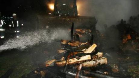 Der Brand vom 3. November bei Megesheim wurde laut Polizei-Ermittlungen absichtlich gelegt. Nun wird nach dem Brandstifter gesucht.