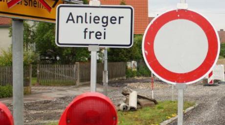 Eine fünfmonatige Sperrung der Kreisstraße DON 5 machen Kanal- und Straßenarbeiten nötig.