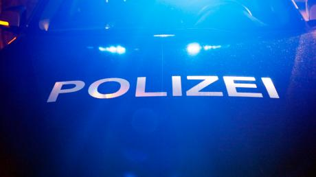In Auhausen haben Diebe einen Waffenschrank gestohlen, berichtet die Nördlinger Polizei.