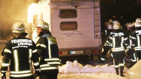 Beim Brand eines Wohnmobils auf einem Campingplatz in Mecklenburg-Vorpommern ist eine Frau aus Oberbayern ums Leben gekommen.