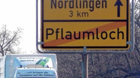 Die Ortsumfahrungen für Pflaumloch und Trochtelfingen stehen auf der Prioritätenliste des Landsverkehrsministers Winfried Hermann vor dem Rest der neuen B 29 zur Röttinger Höhe.