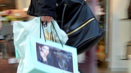 Viele Menschen kaufen auch gerne sonntags ein.