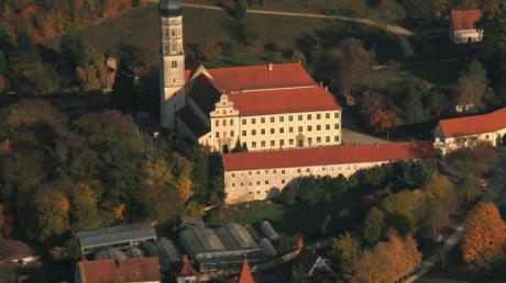 Copy%20of%20M%c3%b6nchsdeggingen-Kloster(1)(1).tif