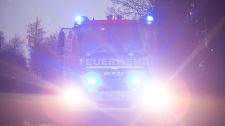 Einige Feuerwehren aus dem Oettinger Raum waren am Mittwochabend in Munningen im Einsatz.