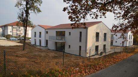 Die vier Wohngebäude der Diakonie für Menschen mit Behinderung fügen sich optimal in die Wohngegend an der Anton-Jaumann-Straße ein.