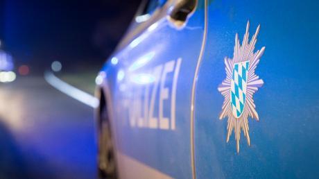 Die Polizei meldet eine Anzeige über einen Faustschlag. (Symbolbild)
