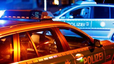 Ein Mann hat am Mittwochabend beim Abbiegen einen Unfall verursacht.