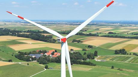 Nicht nur ein Windrad, sondern drei könnten auf der Gemarkung Forheim gebaut werden. Laut dem fürstlichen Haus Oettingen-Wallerstein befindet sich das Projekt in einer frühen Planungsphase.