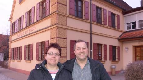 Carmen und Martin Trollmann haben jahrzehntelang das Megesheimer Gasthaus zum Hirsch betrieben. Jetzt steigen sie aus dem Geschäft aus.