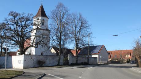 Auch Ehringen soll in den kommenden Jahren eine Dorferneuerung erfahren. Vor allem die frühere Bundesstraße durch den Ort, die jetzige Melchior-Meyr-Straße soll dabei eingebunden sein.