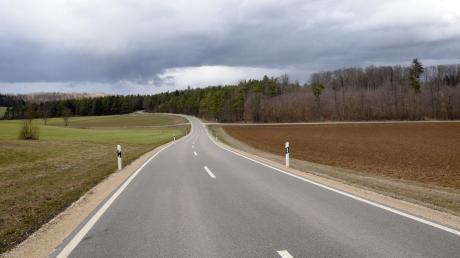 Auf einem Waldstück zwischen Kösingen und Schweindorf sollen drei Windräder gebaut werden. Der Gemeinderat Forheim hat einen entsprechenden Aufstellungsbeschluss einstimmig verabschiedet.