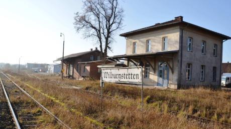 Mit dem Zug von Nördlingen nach Dinkelsbühl? In den nächsten fünf Jahren könnte es die Bahnstrecke zwischen Dombühl und Willburgstetten für den Personen-Nahverkehr reaktiviert werden.