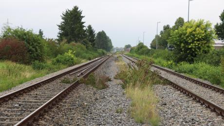 Für die Reaktivierung der Hesselbergbahn wird eine neue Fahrgastprognose erstellt.