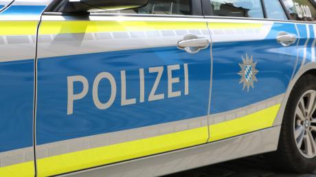 Die Polizei ermittelt nach einem gefährlichen Überholmanöver bei Oberroth.