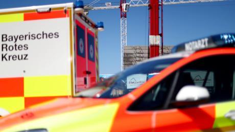Ein Gutachten hat die Versorgung des Landkreises durch Rettungswagen untersucht. Bewertet wird, ob ein Rettungswagen in zwölf Minuten Fahrtzeit vor Ort ist. In manchen Städten im Landkreis wird die Vorgabe von 80 Prozent nicht erreicht.
