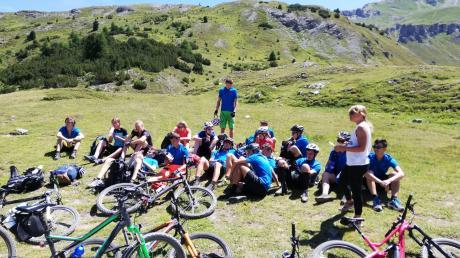 Schüler des THG überqueren derzeit im Zuge eines Schulprojekts die Alpen.