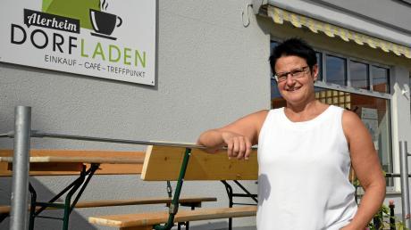 Der Dorfladen in Alerheim (im Bild die Vorsitzende Simone Gerstmeyr) soll nicht nur Nahversorgung sein, sondern auch ein Treffpunkt für Jung und Alt.