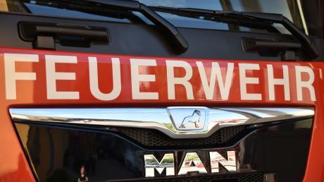 Ein Feuerwehreinsatz läuft derzeit bei Kronhof. (Symbolbild)