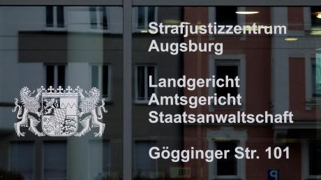 Copy%20of%20Prozess_Ruf_Landgericht_Augsburg_16Nov17_52(1).tif