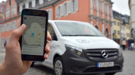 In Nördlingen könnte es in Zukunft einen Rufbus geben. Kunden melden sich via App oder per Telefon für eine Fahrt an und können dann mit einem Elektro-Van etwa von Deiningen oder Grosselfingen in die Altstadt fahren.