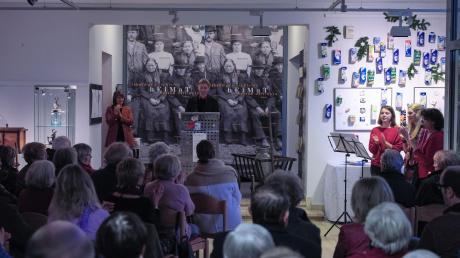 In Oettingen wurde die neue Ausstellung im Heimatmuseum eröffnet.