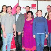 Die 20 Kandidaten der Oettinger SPD für die Stadtratswahl im kommenden Frühjahr. Mehr als die Hälfte davon sind keine Parteimitglieder.
