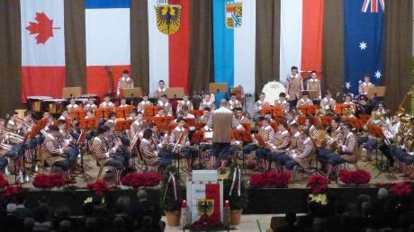 Einen Eindruck vom Proben- und Konzertjahr der Knabenkapelle Nördlingen vermittelte das Jahresschlusskonzert in der Hermann-Keßler-Halle. Das Ensemble wird seit gut einem Jahr von Stadtkapellmeister Oliver Körner geleitet.