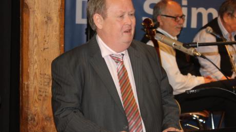 DGB-Kreisverbandsvorsitzender Wolfgang Peitzsch beim Nördlinger Ortskartell.