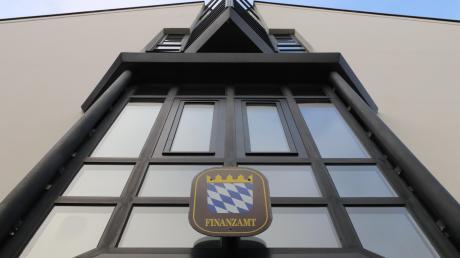 Das Nördlinger Finanzamt hat eine Außenstelle in Donauwörth. Diese hat bei einer Auswertung eines Anbieter von Lohnsteuersoftware schlechter abgeschnitten als jede anders Steuerbehörde in Deutschland.